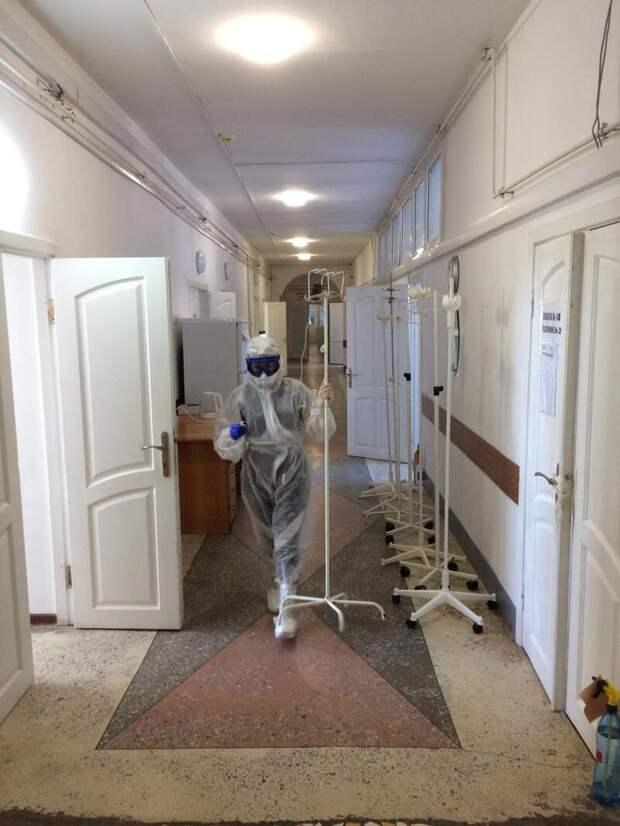 """Репортаж """"СА"""" из Энемского инфекционного госпиталя"""