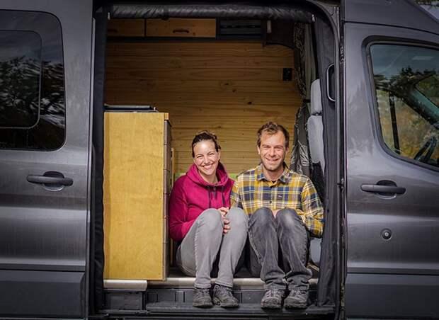 Супруги променяли размеренную жизнь нанескончаемое путешествие