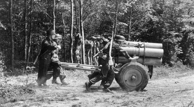 Использование трофейных немецких миномётов и реактивных систем залпового огня