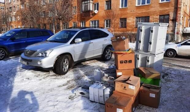 Строитель готов подключить ОМОН: екатеринбуржцы восстали против вышки 4G