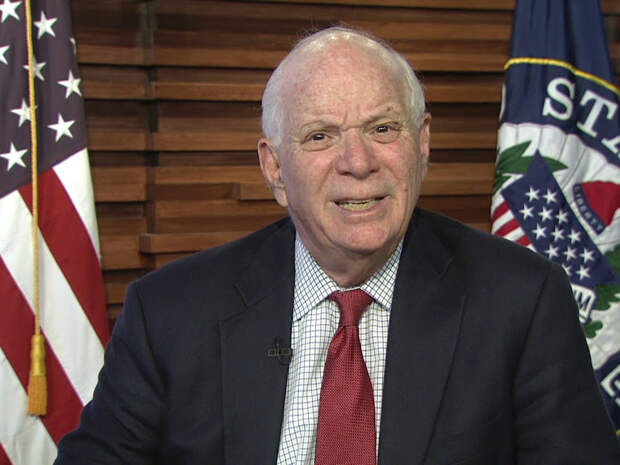 Сенатор США раскрыл пранкерам Вовану и Лексусу планы Байдена по дальнейшим антироссийским санкциям