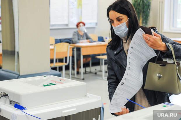 Вчелябинской школе вовремя выборов закрыли окна мешками