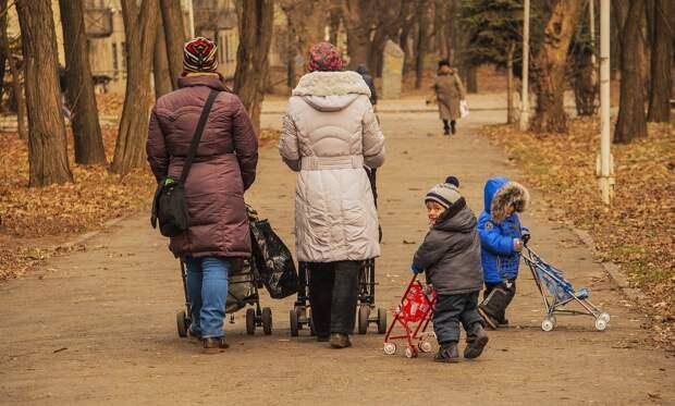 Правительство РФ в 2021 году существенно увеличит расходы на соцвыплаты