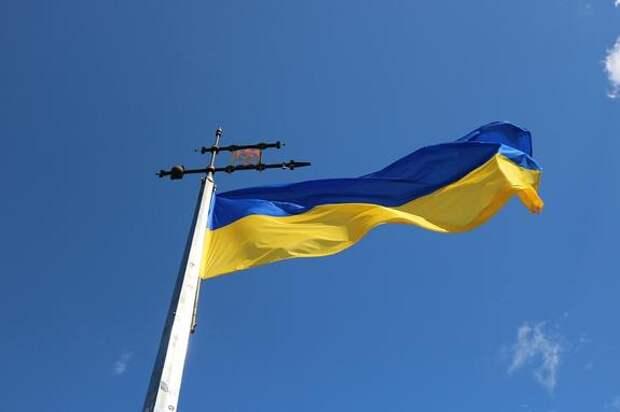 Украина высылает из страны старшего дипломата посольства РФ в Киеве