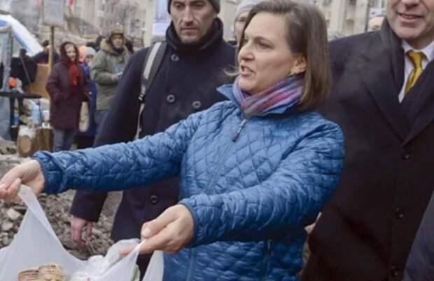 Нуланд показали, что у России есть свои печеньки, которыми Россия может поделиться с желающими