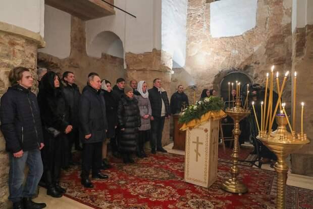 Путин встретил Рождество в храме Николы на Липне под Великим Новгородом