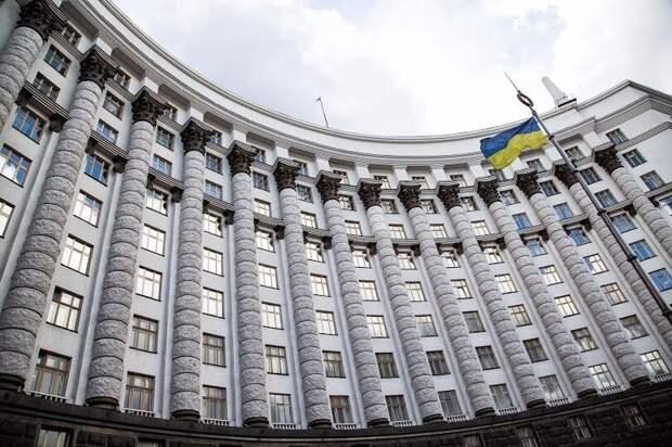 Падение экономики Украины ускорилось втрое - Минэконом