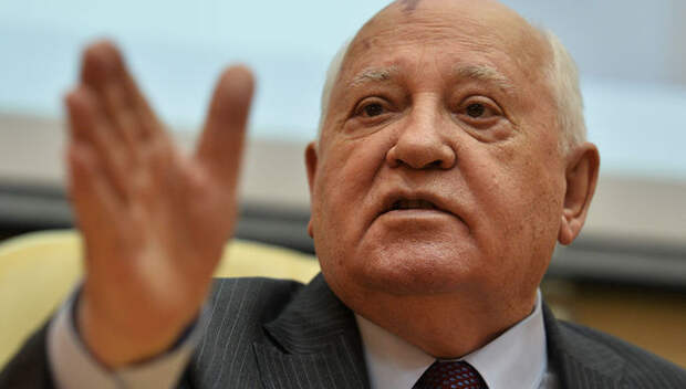 Горбачев предложил послу США «заходить, если что»