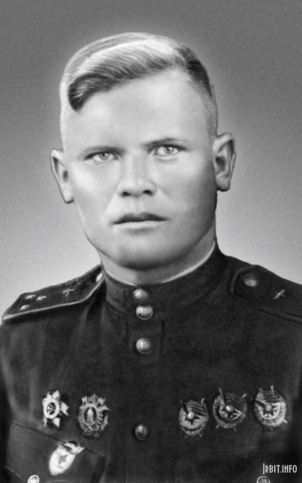 Герой Советского Союза Павел Бабайлов:  до 10 боевых вылетов  в день