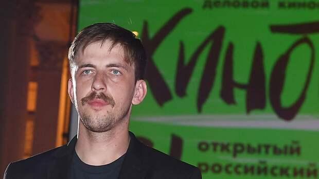 Задержанный по обвинению в избиении экс-хоккеиста МХЛ и ВХЛ актер Паль получил премию «Ника»