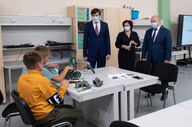 Стало известно, закроют ли школы в Севастополе из-за коронавируса