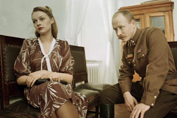 Кадр из фильма «Военно-полевой роман»