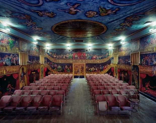 opera_theatre01.jpg