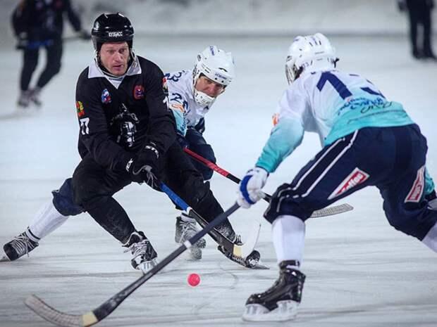 «Динамо» в третий раз завоевало Суперкубок России по хоккею с мячом