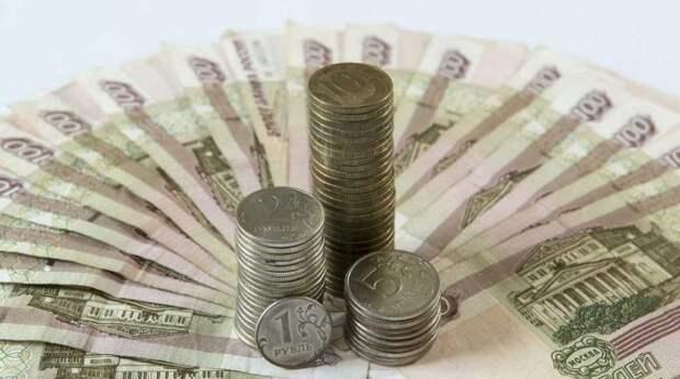 Новое падение рубля объяснил эксперт