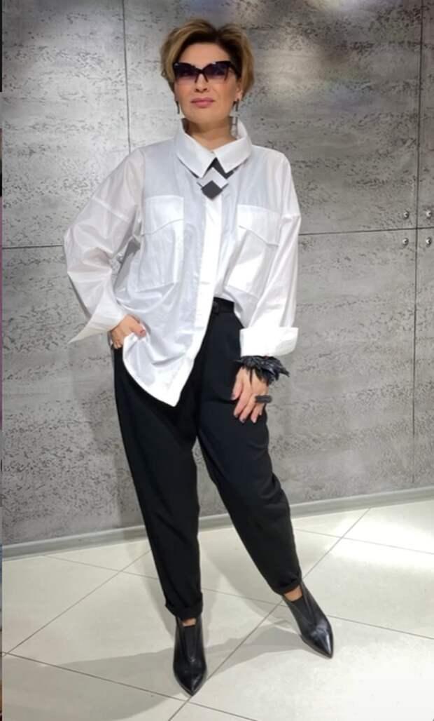 Простые и стильные образы для женщин элегантного возраста.