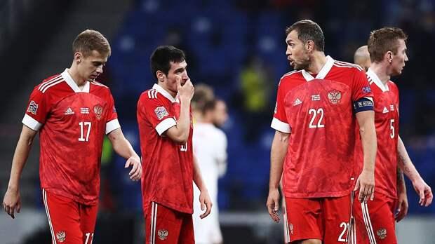 Черчесова довели до крика. Во втором тайме Турция возила сборную России — мы упустили победу, а могли и проиграть