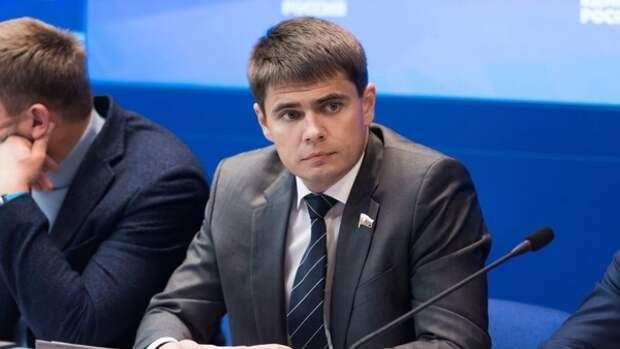 Депутат Боярский заявил о необходимости прививки от коронавируса