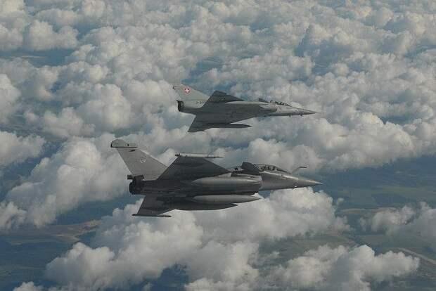 Париж и Каир подписали контракт о поставке в Египет 30 истребителей Rafale