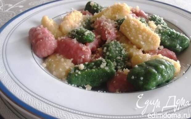 Рецепт – Итальянские трехцветные ньокки (картофельные клецки)