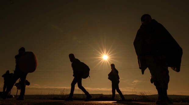 Таджикистан готов принять 100 тысяч беженцев из Афганистана