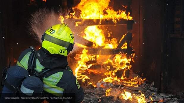 Гостиничный комплекс загорелся в Подмосковье