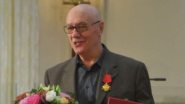 Леонид Куравлев невыходит насвязь после смерти жены