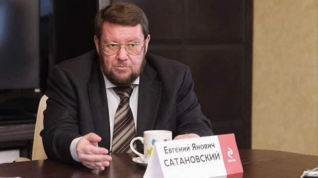 Смешной человек, евросоюзовский посол! Никогда его не посылали туда, куда следует посылать. Евгений Сатановский