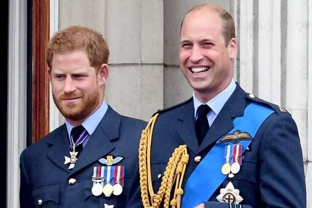 Уильям или Гарри? Королева Елизавета II выбрала сторону в конфликте внуков