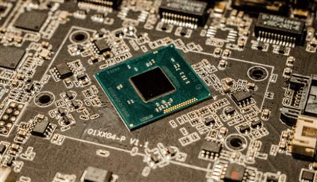 Россия ввела запрет на госзакупки некоторых видов импортной электроники