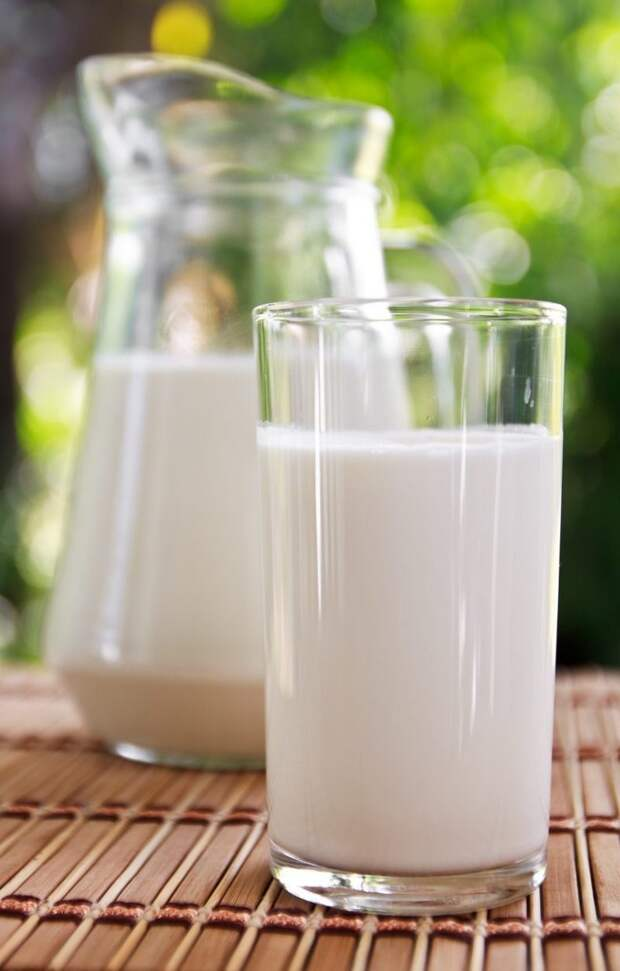 7 сигналов организма, что вам стоит отказаться от молока