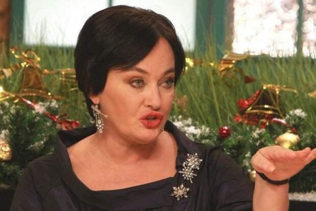 """Гузеева удивила подписчиков фото ужина со сковородкой: """"Я сама себе назначаю праздник"""""""