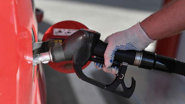 Цены на бензин в РФ стали одними из самых низких в Европе