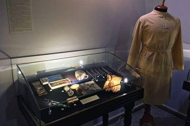 В тамбовской усадьбе Асеевых открыли выставку, посвященную военным медикам