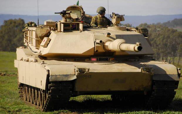 Лишний вес: В Пентагоне рассказали, почему танки Abrams не подойдут для войны с Россией