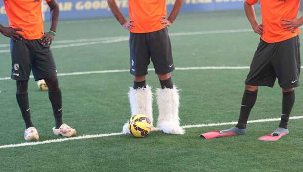 Футболист в ластах