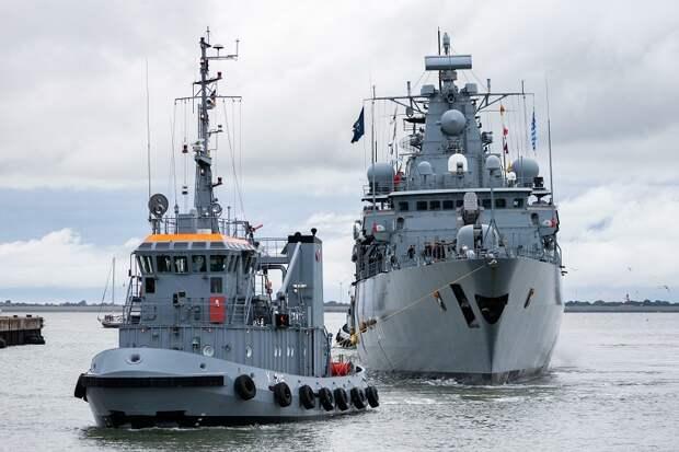 Немецкому кораблю не удалось зайти в порт Шанхая