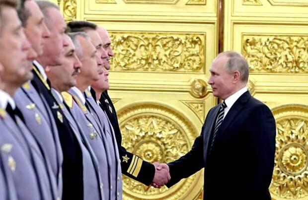 Срок – до лета: Михаил Хазин заявил о готовящемся смещении Путина