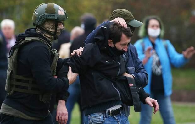 Белорусские правозащитники сообщают о более чем 100 задержанных в ходе акций оппозиции