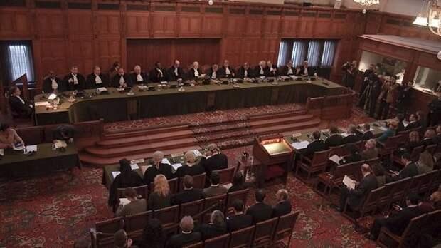 Пушков высмеял угрозы Киева загнать Россию «в угол юридического ринга» на суде в Гааге