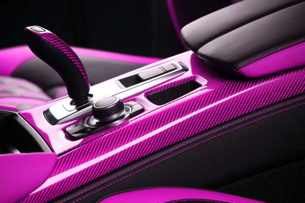 Почему в дорогих машинах платик мягкий, а в дешевых - жесткий и царапающийся