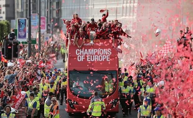 Болельщики признали «Ливерпуль» любимым футбольным клубом Великобритании. «МЮ»— 2-й, «Челси»— 3-й
