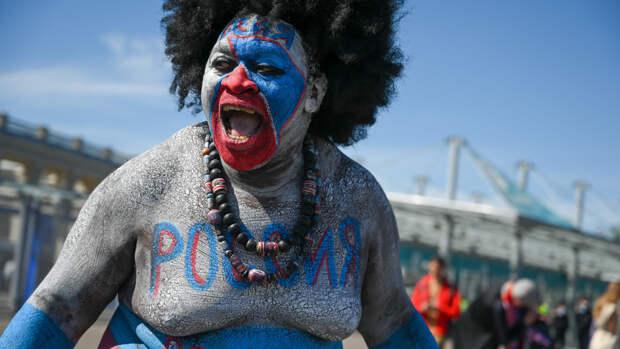 Камерунец Зомо рассказал о любви к сборной России