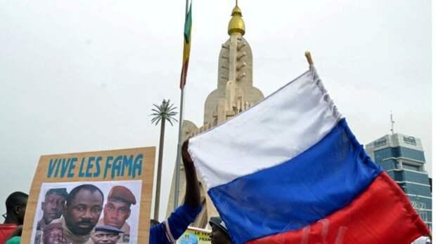 """""""В Мали уже сейчас заходим"""": как """"ЧВК Вагнера"""" осваивает новую страну"""