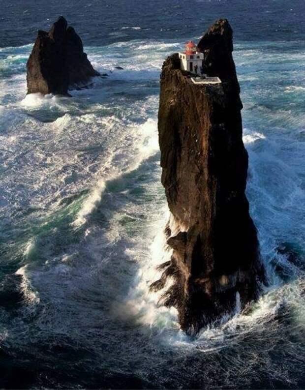Маяк на острове Вестман