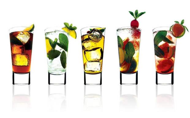 https://aguadulcewinery.files.wordpress.com/2015/06/summer-cocktails.jpg?w=1272