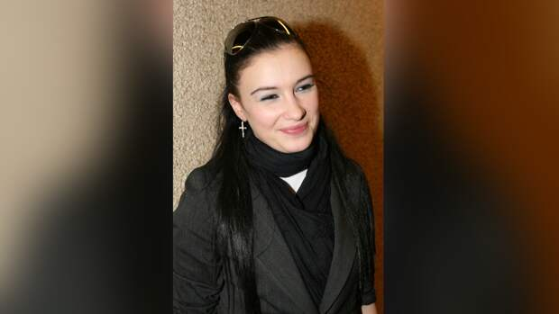 Анастасия Приходько сообщила поклонникам о своем возвращении на сцену