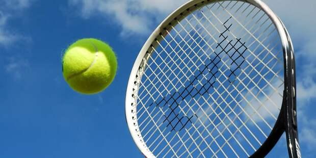 Карацев прошел во второй круг теннисного турнира