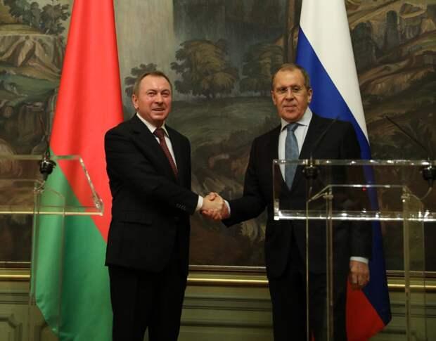 «Украинский сценарий» в Белоруссии не прошел, заявил глава МИД республики