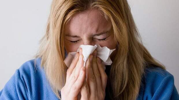 В Роспотребнадзоре назвали основные различия между симптомами ковида, ОРВИ и гриппа